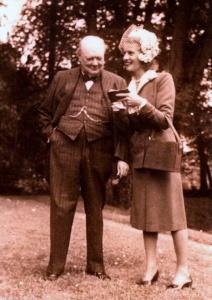 Winston-Churchill-Odette-Pol-Roger